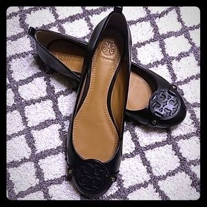 NWT Tory Burch Black Leather Flats Size 9